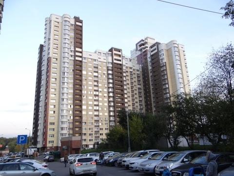 3-комнатная квартира с панорамным видом на канал в г. Химки