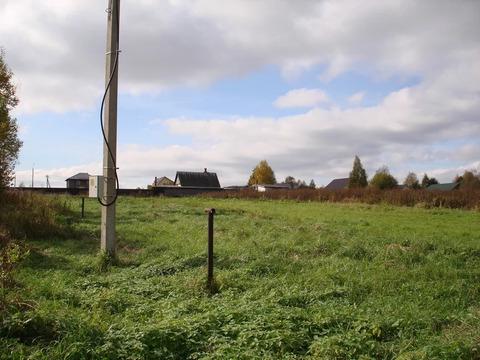 Земельный участок в жилой деревне