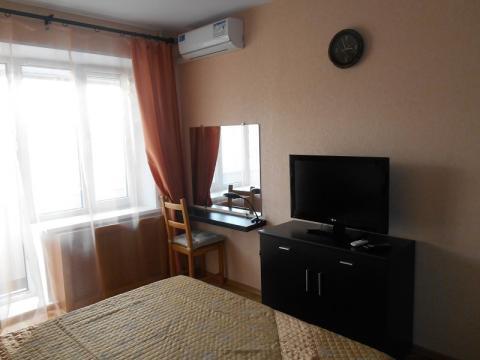 Сдается 2-комнатная квартира у м.Баррикадная