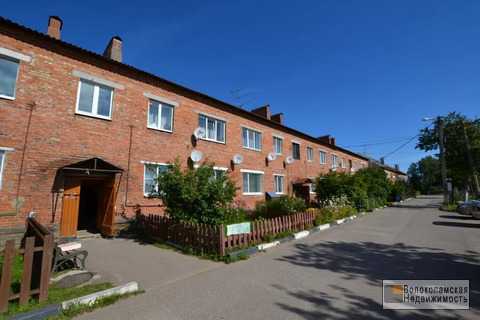 Продается двухкомнатная квартира в крупном селе Осташево