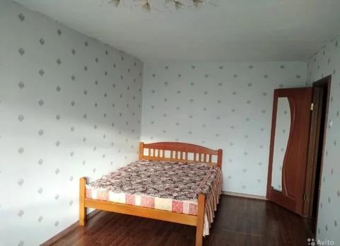 Сдам 2-х комнатную квартиру в посёлке Дружба по улице Ленина 2.