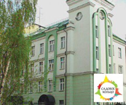 Предлагается на продажу здание 1998 года постройки общей площадью 1056