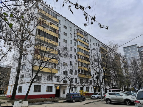 3-комн. квартира, 58,3 м2 - м. Полежаевская, ул. Демьяна Бедного, 10