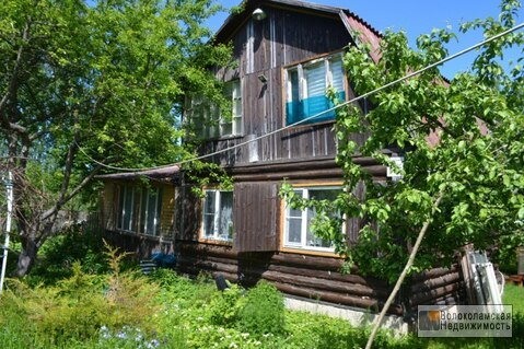 Продам дачу под Волоколамском рядом с озером.
