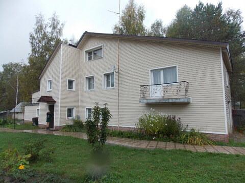 Дача 266 кв м 6.5 сот. с баней и бассейном.