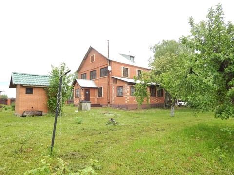 Трехэтажный дом 260 кв.м у Озернинского вдх.в д. Мытники