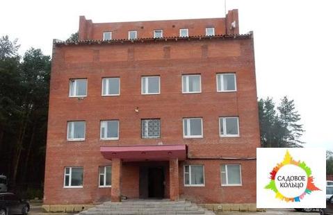 Офисные помещения находятся на 2,3 этажах капитального строения2 с