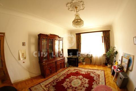 Продается прекрасная 4-х комнатная квартира рядом с метро Шаболовская!