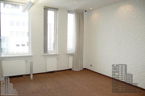 Офисный блок 150м в бизнес-центре класса А у метро, инфс 28