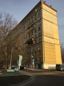Продается двухкомнатная квартира на седьмом этаже одиннадцатиэтажного