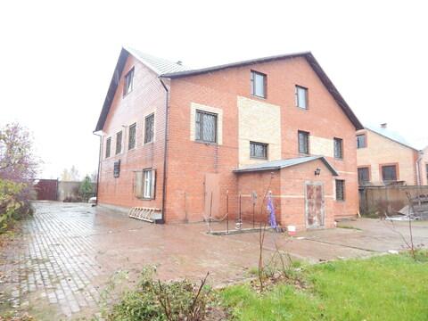 Трехэтажный дом 480 кв м на участке 13 сот в п.Тучково