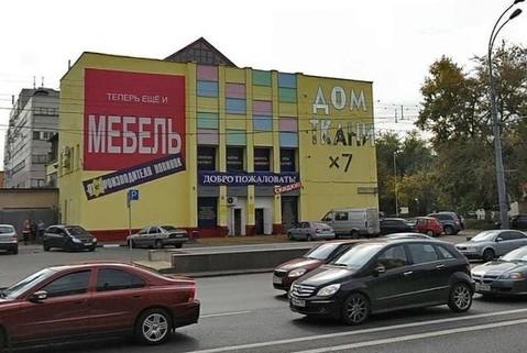 Продажа Торгового здания на первой линии шоссе Энтузиастов 30