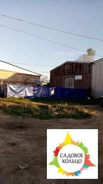 Продам базу с земельным участком общей площадью 16 сотек земли.