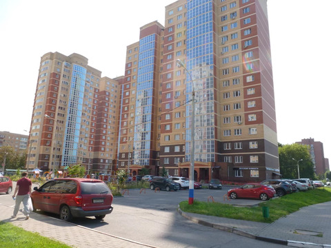 "2-комнатная квартира, 81 кв.м., в ЖК ""Бриз"""