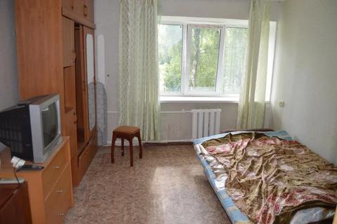 Сдам 1-комнатную квартиру в пгт Белоозёрский по улице Молодёжная 8.