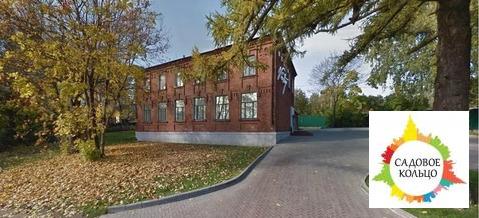 Продам отдельно стоящее здание, 325 кв.м. 2 этажа. Высота потолков 3,5