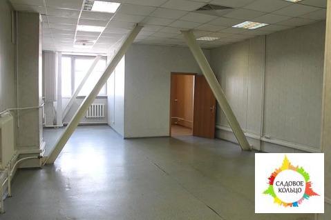 Офисный блок смешанной планировки, расположенный на 3 этаже