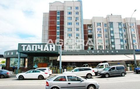 Продажа торгового помещения, м. Площадь Ильича, Ул. Сергия .