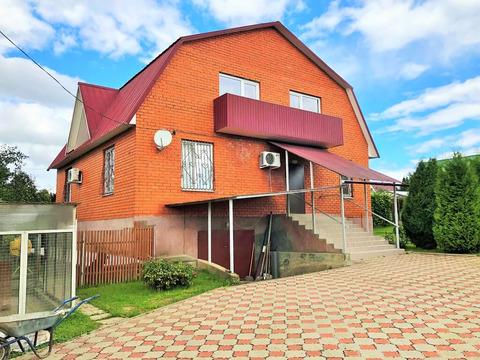 3-х уровневый кирпичный дом 300 кв.м, в Серпуховском районе в деревне