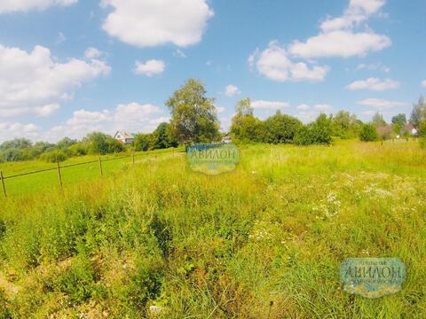 Продам участок в деревне Лаврово , черта города Клин