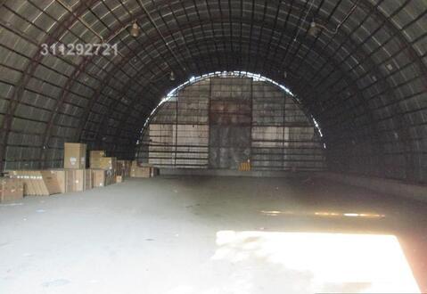 Под склад, 2 помещ. по 100 кв. неотапл, выс.: 4 м, пол бетон, огорож.