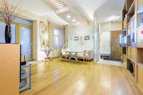 Квартира с патио (ном. объекта: 3886)