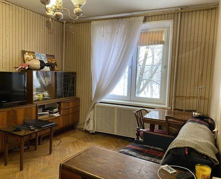 Продается 2-комнатная квартира в ЮЗАО, Москва.