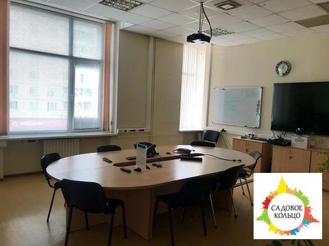 Предлагаем помещение общей площадью 618,4 кв.м. под офис в Бизнес-цент