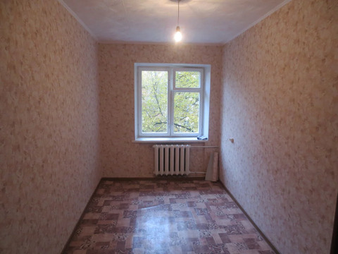 Продам комнату в центре г. Серпухов ул. Джона Рида д. 8б.