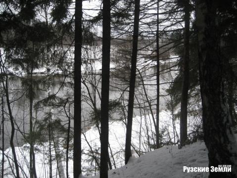 Редкое предложение - лесной участок с собственнымм пляжем