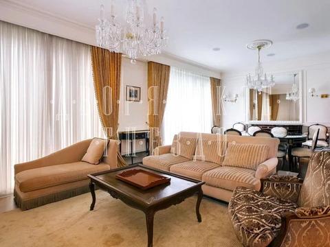 5-комнатная квартира, 232 кв.м.